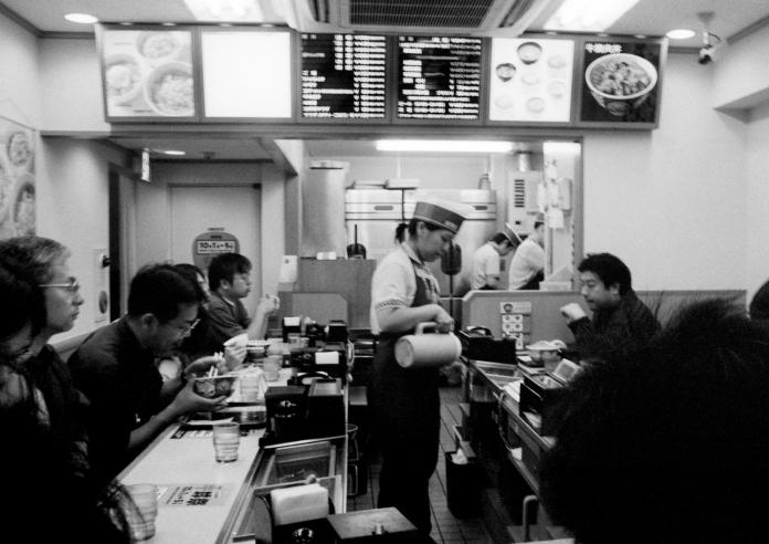 noodle-shop-tokyo