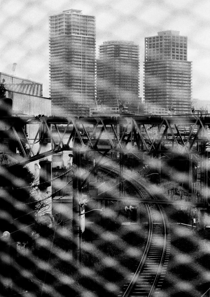 voie-ferree-tokyo-buildings